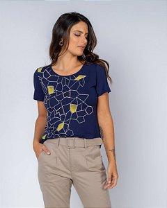 Camiseta Estampa Detalhe