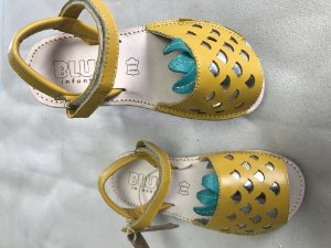 Sandália abacaxi