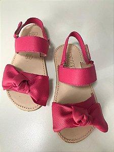 Sandália pink em couro legítimo