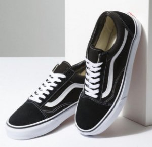 TÊNIS VANS OLD SKOOL BLACK WHITE