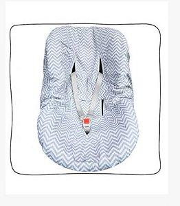 Protetor de Bebê Conforto Chevron Cinza e Branco
