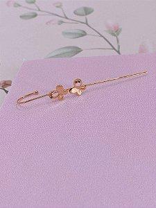 Brinco Ear cuff Bengala dourado com borboletas e mini pedrinhas verde e rosa