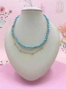 Colar dourado duplo com miçangas azuis - azul claro ou azul escuro