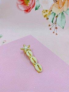 Presilha búzios e estrela com detalhes dourados - cores  variadas