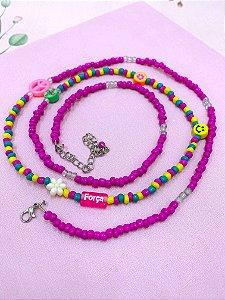 Cinto miçangas fúcsia ,colorido e plaquinhas - Benção, Vida, Força ou Alegria