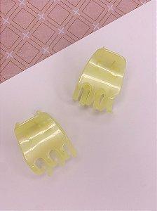 Kit com 2 Piranhas para cabelo - amarelas