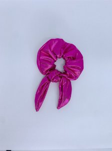 Scrunchie metalizado - rosa