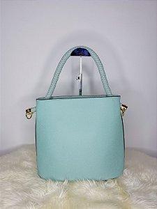 Bolsa com alça trançada - verde