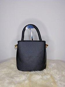 Bolsa com alça trançada pequena - preta