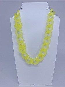 Colar elos de acrílico transparente - amarelo