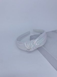 Tiara nó metalizado-branco