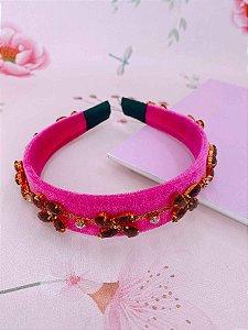 Arco veludo pink e flor de pedras