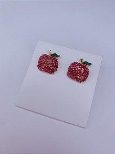 Brinco maça delicado com strass - rosa ou vermelho