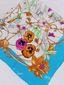 Lenço floral azul claro