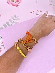Pulseira ou colar de tassel amarelo e laranja