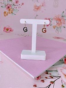 Brinco argolinha dourada com letra G