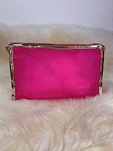 Nécessaire pink com leve transparência e detalhe rosê gold
