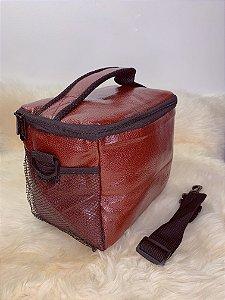 Necessaire térmica ,com bolso de tela na lateral e alça ajustável - marrom