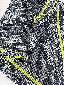 Lenço estampa cobra-verde neon