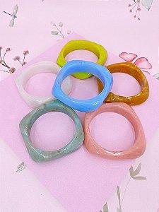 Pulseira acrílico quadrada-off white,azul,rosê,mostarda,verde tiffany ou verde neon