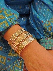 Bracelete Com Frisos Banho Ouro