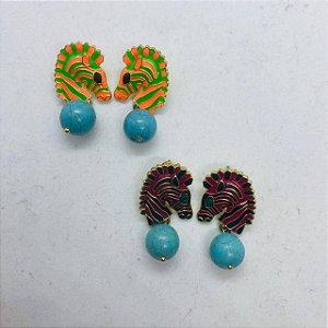 Brinco Zebra Esmaltado e Pedra Turquesa com opções de cores