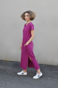 Vestido malha abertura lateral