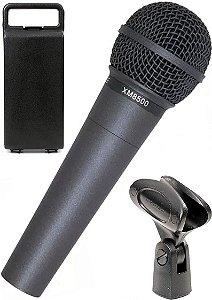 Microfone Dinâmico Behringer Xm8500 De Mão Com Fio Preto