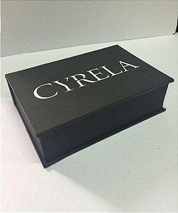 Caixa com berço Cyrela