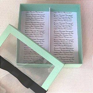 Caixa personalizada com visor