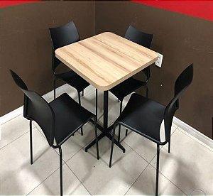 Conjunto com 1 Mesa e 4 Cadeiras - Mesas e Cadeiras para Restaurante REF 6150
