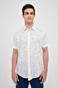 Camisa Manga Curta Louva Deus