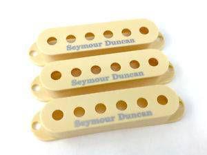 Jogo 3 Capas Seymour Duncan S-Cover Strato Com Logo, Creme