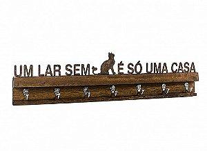 "PORTA CHAVES FERRO MADEIRA CAT ""UM LAR..."""