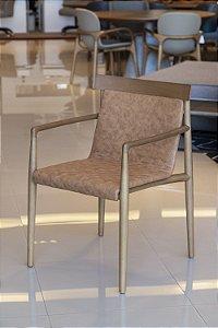 Cadeira com braços Dry