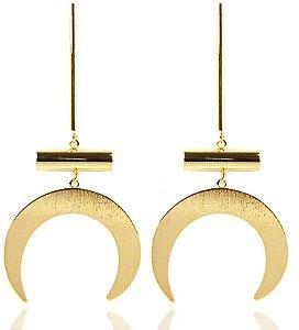 Brinco Geométrico Dourado Folheado Meia Lua
