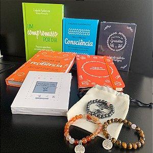 kit Resiliência - 4 Livros + 3 Pulseiras 1 Moleskine + 1 Baralhinho dos Sentimentos e Frete Grátis