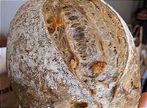 Pão de gorgonzola com nozes - 500g - SÁBADO