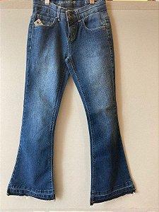 Calça Jeans Flare Desfiada