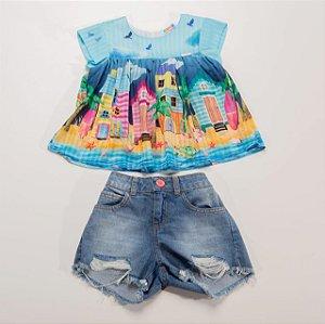 Conjunto Feminino Bata Estampa Casinhas de Praia com Shorts Jeans