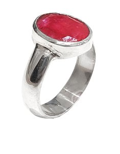 Anel em prata 925 com rubi natural