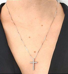 Corrente Prata 925 com pingente de cruz cravejada