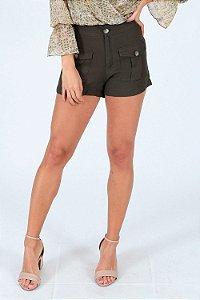 Shorts em viscose com bolso cargo