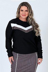 Blusa manga longa com recorte bicolor plus size