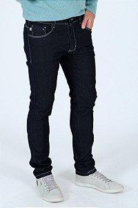 Calça jeans reta com pesponto contraste