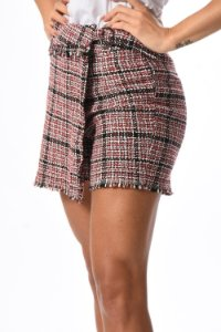 Shorts saia em tweed