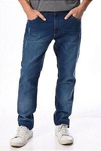 Calça jeans reta com puidos