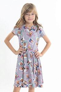Vestido infantil manga curta estampa barbie