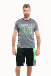 Camiseta  manga curta gola careca com estampa localizada  fitness