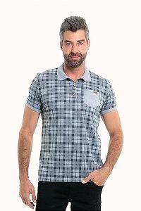 Camisa polo manga curta  xadrez com botões e bolso frontal detalhe em courino